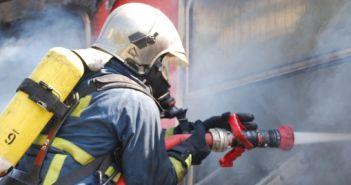 Τώρα: Φωτιά σε σπίτι στην Αμφιλοχία