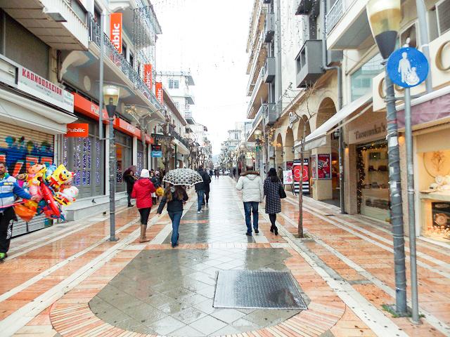 Ανεπιθύμητοι οι βουλευτές στα μαγαζιά εστίασης του Αγρινίου, αν φύγουν τα Πανεπιστημιακά τμήματα