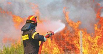Δυτ. Ελλάδα: Με άχρηστες αναπνευστικές συσκευές στις φωτιές οι Πυροσβέστες – Επιχειρούν με τα ίδια άρβυλα από το 2008