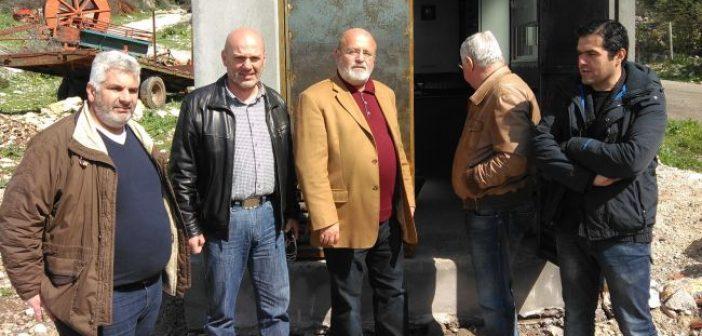 Στα έργα αποχέτευσης στη Λεπενού και στην Πάλαιρο ο Αντιπεριφερειάρχης Υποδομών και Δικτύων Γιάννης Λύτρας