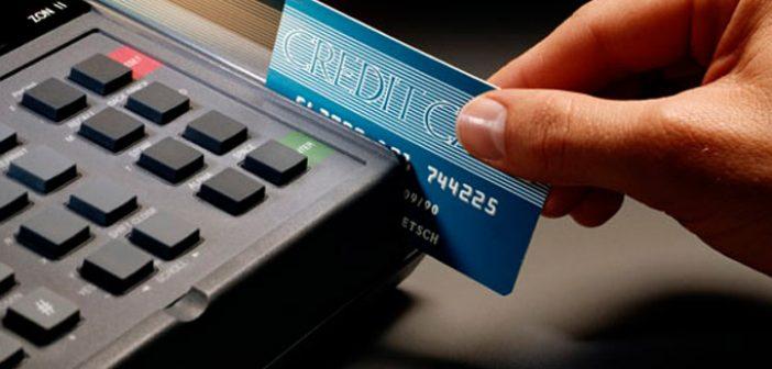 Μετρητά τέλος / Μόνο με κάρτα οι πληρωμές και οι αγορές