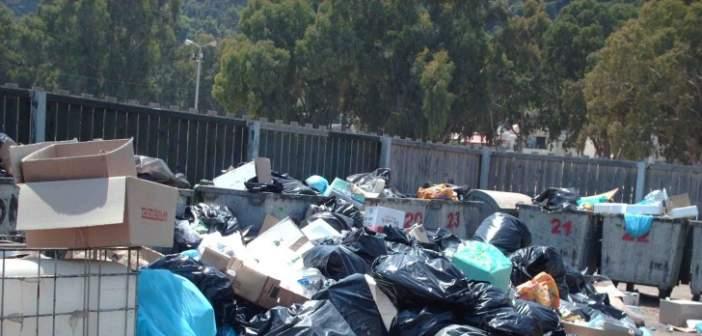 «Δώστε λύση για τα σκουπίδια…»