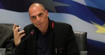 Γ. Βαρουφάκης: Πλήρης κατάρρευση των τραπεζών σε περίπτωση Grexit