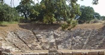 Λάβρος λόγος για το Φεστιβάλ του Αρχαίου θεάτρου Οινιαδών