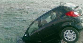 Πτώση αυτοκινήτου στη Λιμνοθάλασσα Μεσολογγίου