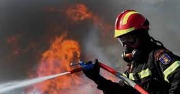 Μεσολόγγι: Mεγάλη πυρκαγιά κάηκαν οι δεξαμενές χλωρίου της ΔΕΥΑΜ