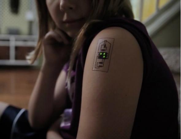 Το τατουάζ που ελέγχει την υγεία σου – ΒΙΝΤΕΟ