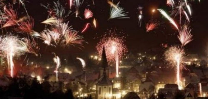 Απαγόρευσαν τα πυροτεχνήματα την Πρωτοχρονιά για να προστατεύσουν τους πρόσφυγες