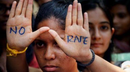 Ινδία: Βίασαν 14χρονη για να εκδικηθούν τη μητέρα της – Το κορίτσι αυτοκτόνησε