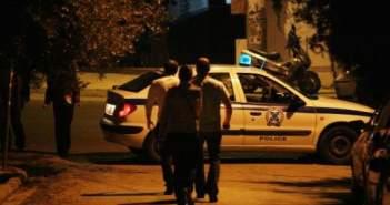 Θρίλερ για γυναίκα οδηγό – Την απείλησαν με όπλο και την λήστεψαν μόλις πάρκαρε το αυτοκίνητό της