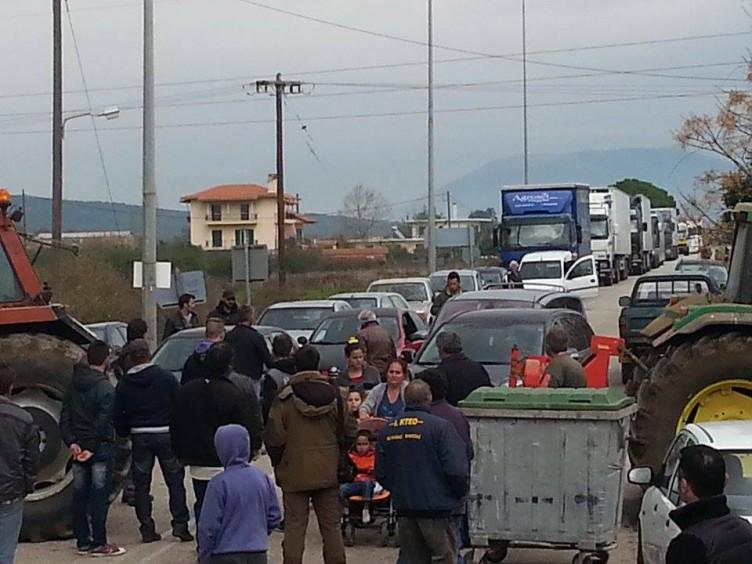 Μπλόκο Βόνιτσας: Κλείνουν τον δρόμο και τις παρακαμπτήριες οδούς από τις 11.00 έως τις 5.00