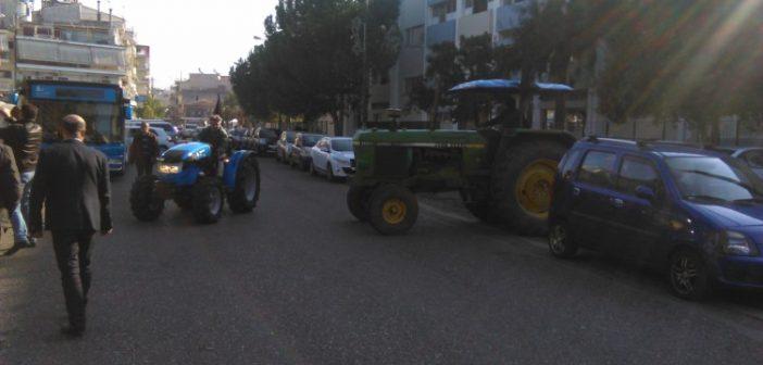 """Οι αγρότες για την εκδήλωση του ΣΥΡΙΖΑ: """"Προκαλεί το λαϊκό έρεισμα η εκδήλωση για την """"ασφαλιστική μεταρρύθμιση"""""""
