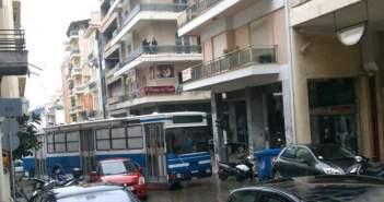 Πάτρα: Συνεχίζει να μπλοκάρει η Αποκεντρωμένη Διοίκηση την ελεγχόμενη στάθμευση – Κυκλοφοριακό χάος στο κέντρο της πόλης