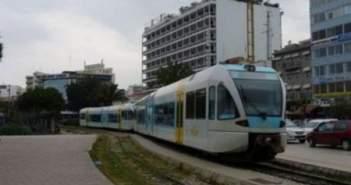 """Πάτρα: """"Ανοιχτό"""" το Υπουργείο για υπογειοποίηση του τρένου – Σε εξέλιξη η σύνταξη βελτιωτικής μελέτης"""