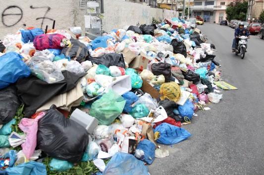 Ηλεία: Στον αέρα η αποκομιδή των απορριμμάτων, άλλη μια φορά – Ούτε χθες ξεκίνησε η μεταφορά στο ΧΥΤΑ της Πάλαιρου
