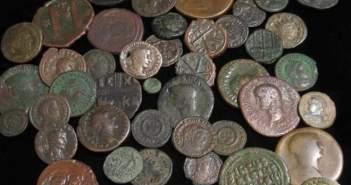 Αρχαιοκάπηλοι έσκαβαν στη Βυτίνα και άρπαζαν αρχαία νομίσματα του 3ου π.Χ αιώνα – Εξαρθρώθηκε κύκλωμα από την Ασφάλεια Πατρών