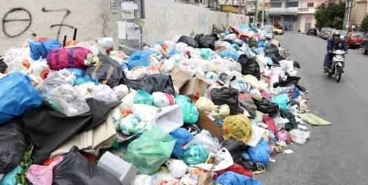 Ηλεία: Αθλήτρια του Μαραθωνίου φωτογράφιζε τα σκουπίδια!