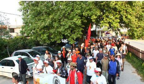 Στην Ελευσίνα κατευθύνεται σήμερα η πορεία του Δήμου Πατρέων για την ανεργία