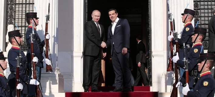 Ο Πούτιν στην Αθήνα – Οι συμφωνίες και οι υποσχέσεις