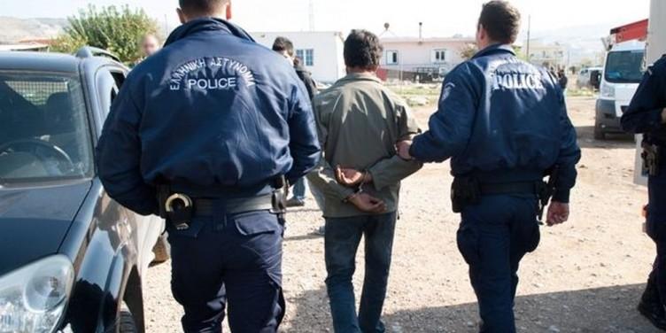 Συλλήψεις για κλοπές στη Βόνιτσα – Είχαν εισέλθει σε σπίτι και κάβα ποτών!