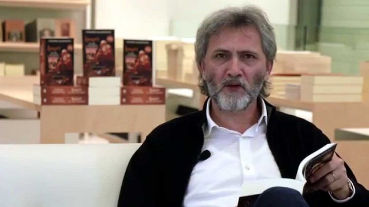 O συγγραφέας Γιάννης Καλπούζος στη Βόνιτσα