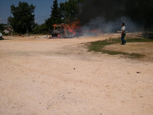 Φωτιά στη Βόνιτσα (ΔΕΙΤΕ ΦΩΤΟ)