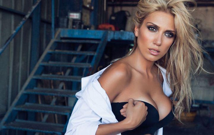 Έλενα Παπαβασιλείου: Η sexy φωτογραφία με φόντο το Αιγαίο