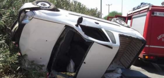 Αχαΐα: Τροχαίο ατύχημα στα Σαγέικα – Όχημα εξετράπη της πορείας του και ανετράπη