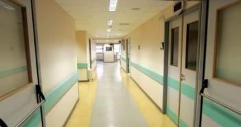 Για κλάματα η υγεία στην Αιτωλοακαρνανία: Έψαχνε τον άντρα της στη χειρουργική και τον βρήκε στη μαιευτική του νοσοκομείου Μεσολογγίου!
