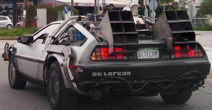 """Στην Πρέβεζα το όχημα από την γνωστή ταινία """"Back to the Future"""" – Για ποιο λόγο βρέθηκε εκεί (ΔΕΙΤΕ ΦΩΤΟ)"""
