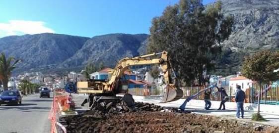 Αστακός: Ξεκίνησαν εργασίες οδοποιίας στον παραλιακό δρόμο (ΔΕΙΤΕ ΦΩΤΟ)