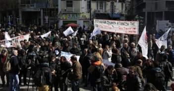 Στην Βουλή οι αγρότες – Σε εξέλιξη το μεγάλο συλλαλητήριο (ΔEITE BINTEO)