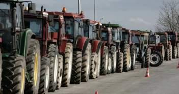 Δίωροι αποκλεισμοί και αύριο από τους Αιτωλοακαρνάνες αγρότες