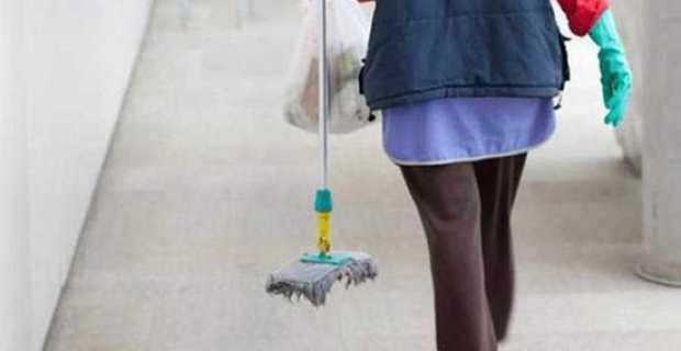 ΠΟΕ – ΟΤΑ κατά Δήμου Ναυπακτίας για το θέμα των σχολικών καθαριστριών