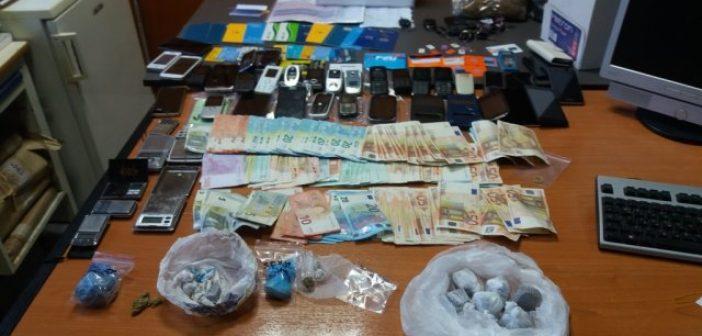 """Η Αστυνομία για την εξάρθρωση του κυκλώματος ναρκωτικών που είχε και """"άρωμα"""" Αιτωλοακαρνανίας (ΔΕΙΤΕ ΦΩΤΟ)"""