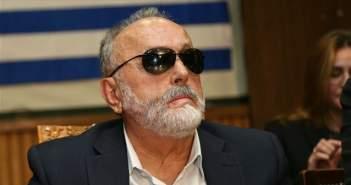«Βέλη» ΝΔ κατά Κουρουμπλή για το «τσιγαράδικο» – Τι υποστήριξε ο υπουργός