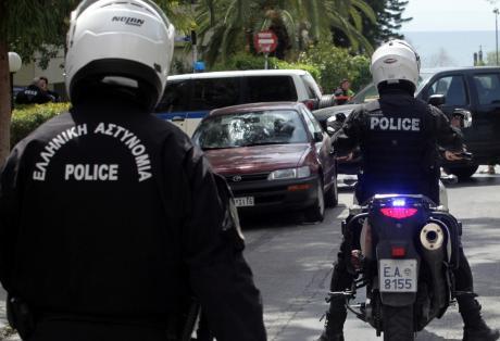 Καταδίωξη με πυροβολισμούς στο κέντρο της Αθήνας!
