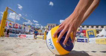 Ναύπακτος: Βeach volley 3×3 mix και beach tennis στο Αλσύλλιο του Γριμπόβου