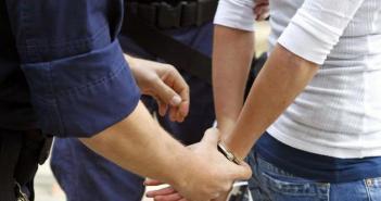 Αγρίνιο: Δύο συλλήψεις φυγόποινων