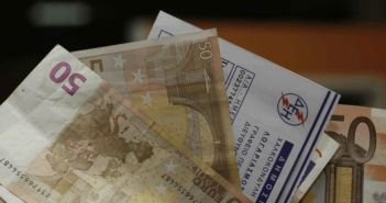 Σταθάκης: Έρχεται εξομάλυνση των «φουσκωμένων» λογαριασμών της ΔΕΗ – Ρύθμιση για κακοπληρωτές