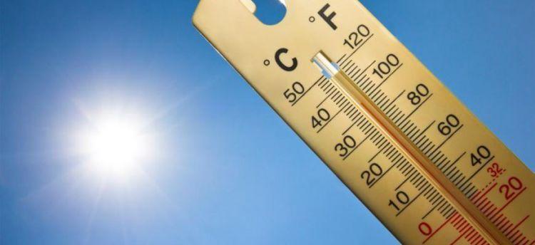 Ηλιοφάνεια και ζέστη σε όλη τη χώρα