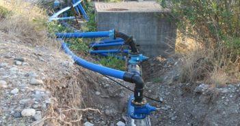 8 ερωτήματα Τραπεζιώτη για το υποβρύχιο σύστημα άντλησης νερού από τη λίμνη Στράτου
