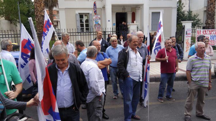 Στους δρόμους τα μέλη του Εργατικού Κέντρου Αγρινίου – Για την προστασία της λαϊκής οικογένειας