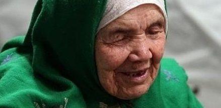 Στα 106 της, η γηραιότερη πρόσφυγας του κόσμου κινδυνεύει με απέλαση