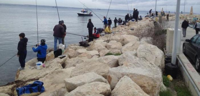 Ναύπακτος: Διαγωνισμός Ψαρέματος στην παραλία της Ψανής