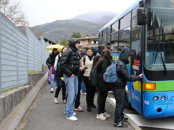"""Δ. Κωνσταντόπουλος: """"Αλλαγή του τρόπου υπολογισμού του κόστους για τη μεταφορά μαθητών"""""""