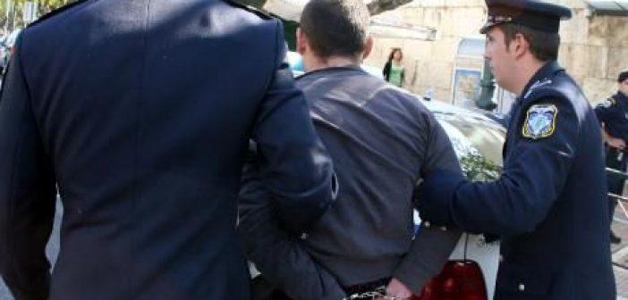 Ιόνια Οδός: Σύλληψη 49χρονου φυγόποινου για κλοπή και αντίσταση