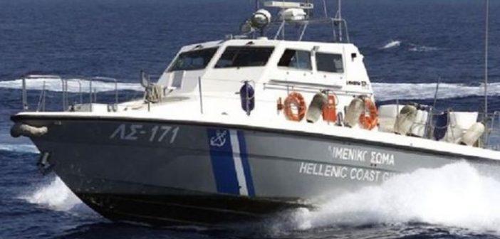 Άγρια καταδίωξη και σύλληψη παράνομων αλιέων από το Λιμενικό στο Διόνι Μεσολογγίου