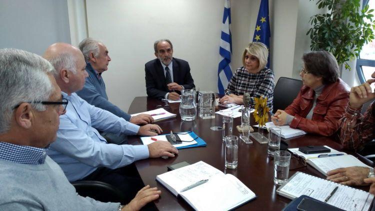Σύσκεψη εργασίας του Απόστολου Κατσιφάρα με τους Γενικούς Διευθυντές της Περιφέρειας Δυτικής Ελλάδας (ΦΩΤΟ)