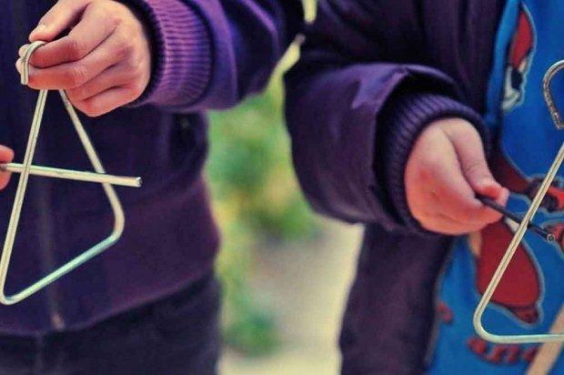 Δυτική Ελλάδα: Έπαιξαν ξύλο για τα κάλαντα των Θεοφανείων